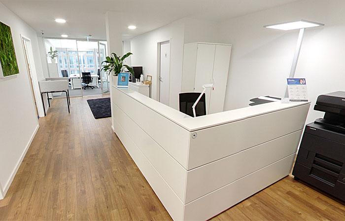 workrepublic coworking spacehamburg neuer wall felix. Black Bedroom Furniture Sets. Home Design Ideas