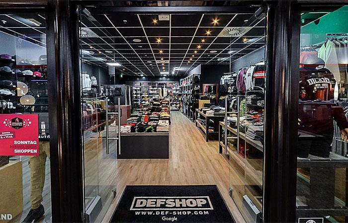 def shop berlinim gesundbrunnen center 1 og felix steck photographer. Black Bedroom Furniture Sets. Home Design Ideas